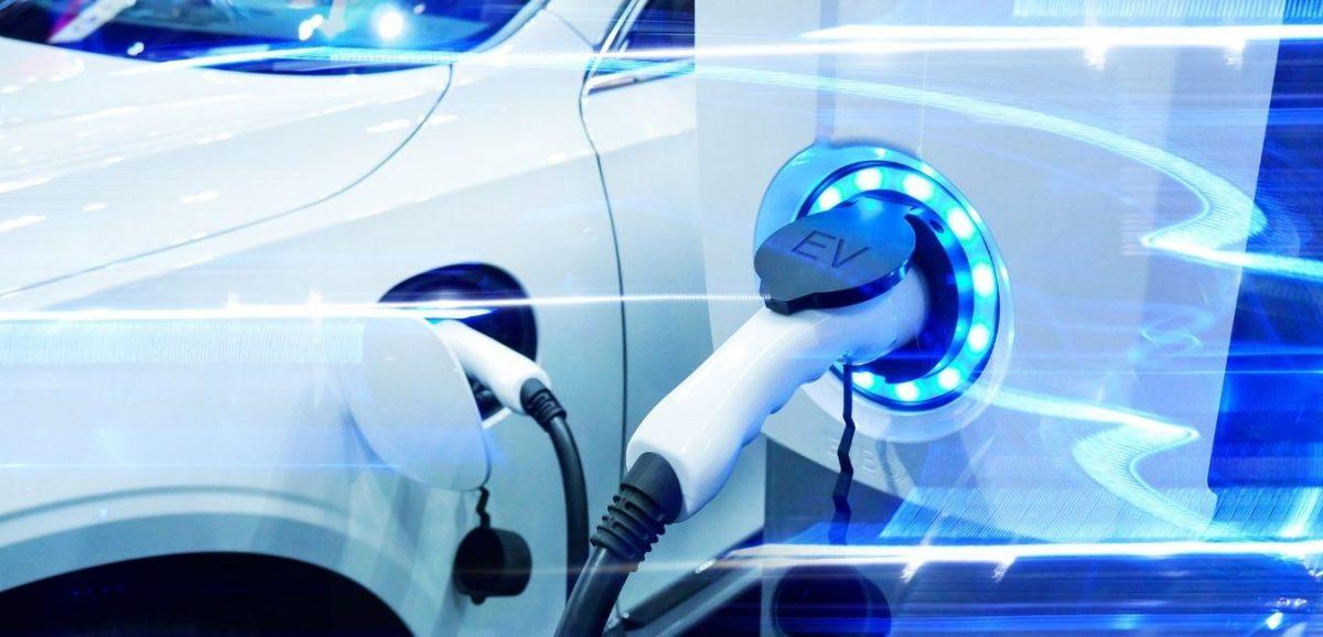 Punto de carga de vehículos eléctricos: requisitos y características